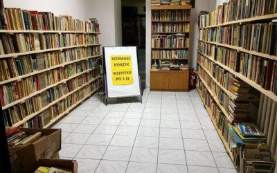 """Kolejny kiermasz książek w ramach akcji """"Chrońmy dziedzictwo – NIE wyrzucajmy książek"""""""
