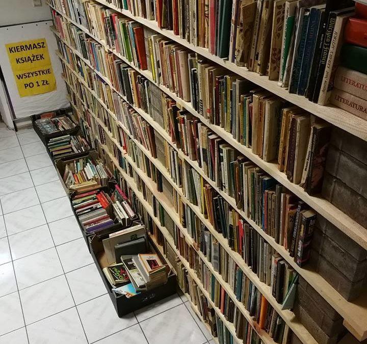 """Kiermasz """"Książki po 1zł"""""""