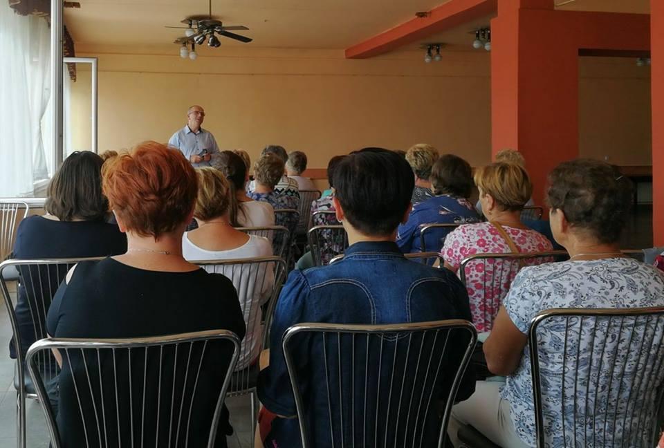 """Członkowie Stowarzyszenia """"Przeszłość-Przyszłości"""" wzięli udział w gminnym spotkaniu zorganizowanym przez Ośrodek Wsparcia Ekonomii Społecznej"""