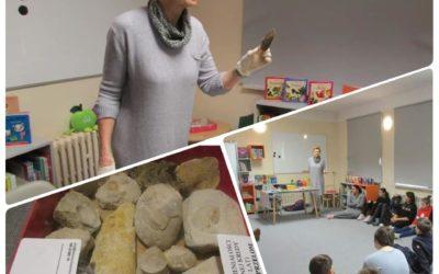 Lekcja paleontologii dla uczniów Szkoły Podstawowej nr 4 w Puławach